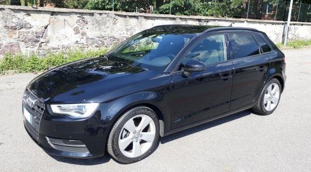 IN ARRIVO – Audi A3 Sportback 1.6 Tdi 110CV nero , 2016