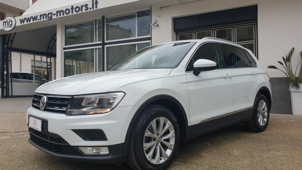 VW Tiguan 2.0 TDI 150CV AUT. Virtual Cockpit TETTO Panoramico Apribile