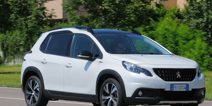 IN ARRIVO – Peugeot 2008 1.6 HDI 100CV 2017 , Bianco